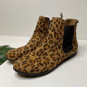 Mossimo Cheetah Print Flat Ankle Boots